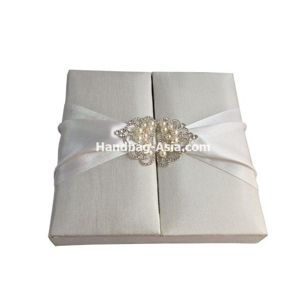 wedding box with pearl crown brooch