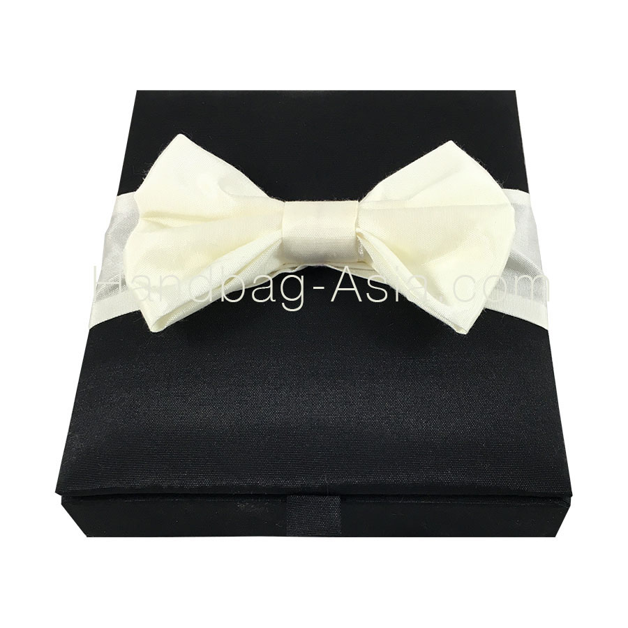 Black Hinged Lid Box With Ivory Silk Bow Embellishment: Black Tie Wedding Invitation Box At Websimilar.org