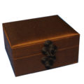 Olive silk jewellery box with Chinese closure
