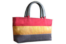 Thai silk bag with wooden handle