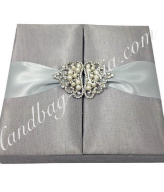 Silver wedding box with crown pearl brooches