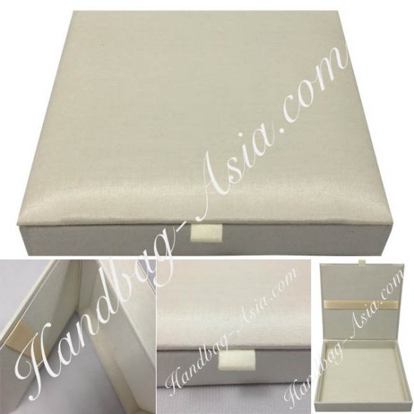 ivory wedding box with hinged lid