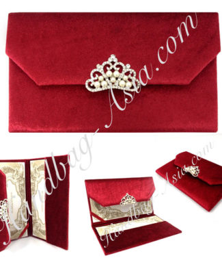 Luxury velvet envelope with pearl brooch