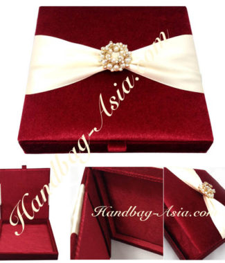 Luxury red velvet box with pearl brooch for invitation cards