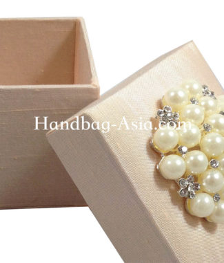 pearl favor box for wedding