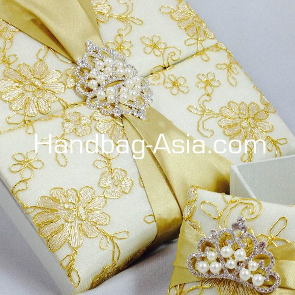 Lace Covered gate Box For Wedding Invitations