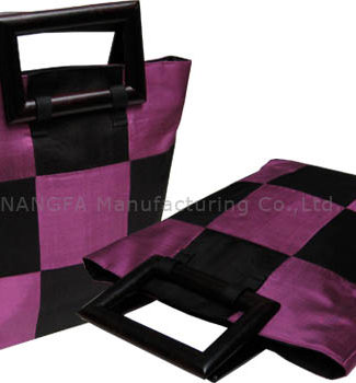 Chess silk bag with black wooden handle