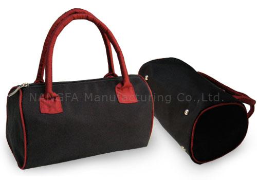 Black Thai silk fashion bag from Thailand