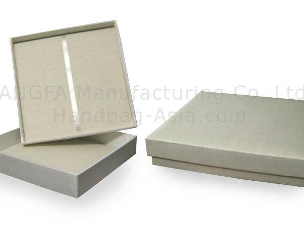 Ivory silk wedding invitation box