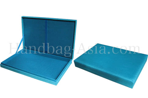 Hinged lid wedding box in skyblue