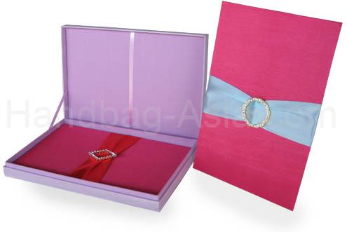 wedding box set with removable invitation holder