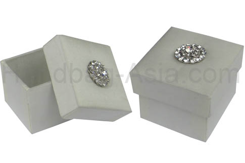 Small ivory wedding favor box with crystal button