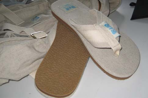 beach slipper & fit flops made of hemp