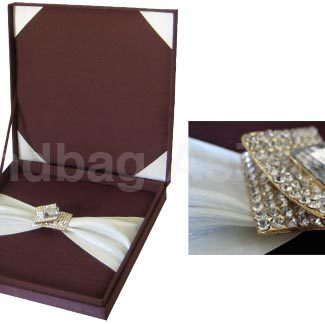 Chocolate wedding box with hinged lid