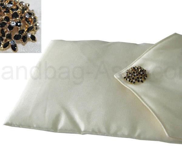 ivory wedding & jewellery pouch