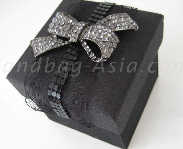 Black silk wedding favor box with bow