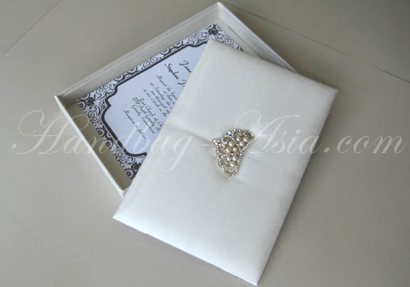 Ivory Wedding Invitation Boxes Silver Crown Brooch