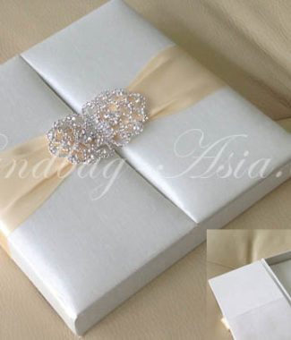 ivory wedding box with luxury rhinestone clasp
