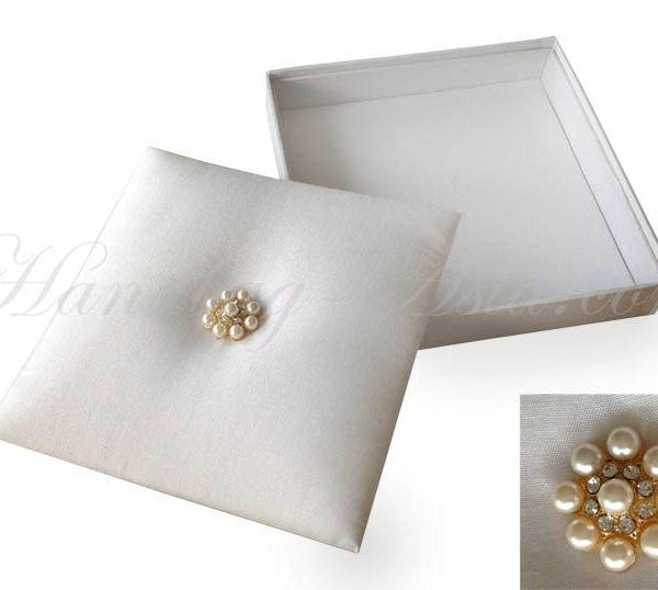 white pearl wedding box