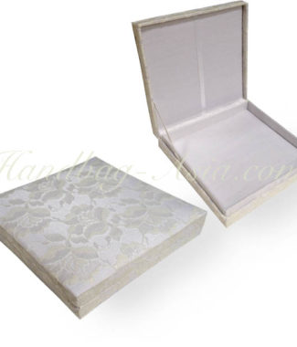 White lace invitation box