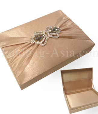 crown brooch wedding box