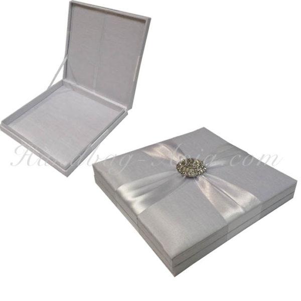 Embellished white wedding box