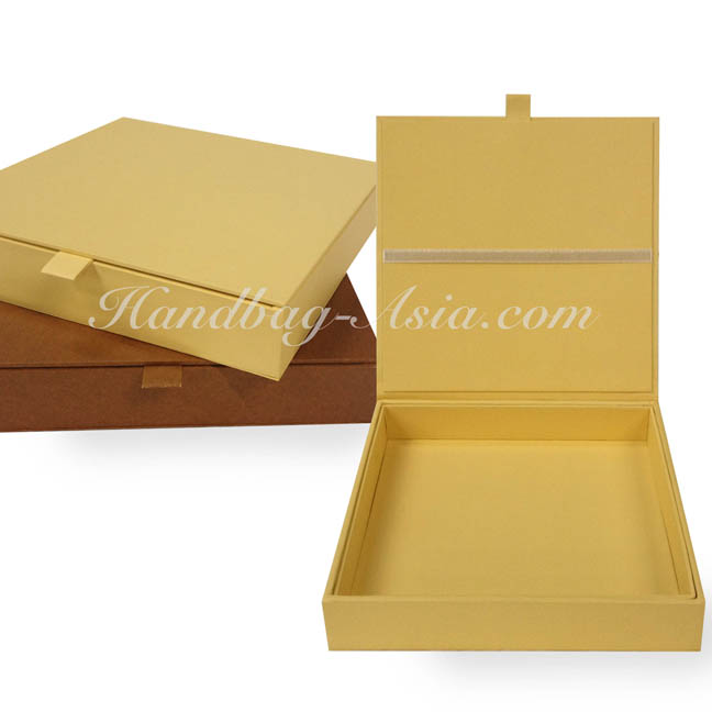 hand made hinged lid wedding box for invitation cards - Wedding Invitation Boxes