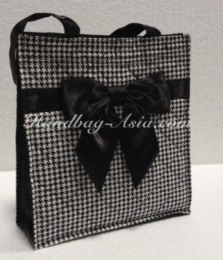 Large quilting cotton bag with bow