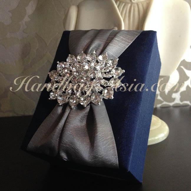 Royal Wedding Gifts: Luxury Royal Blue Silk Gift Box With Rhinestone Brooch