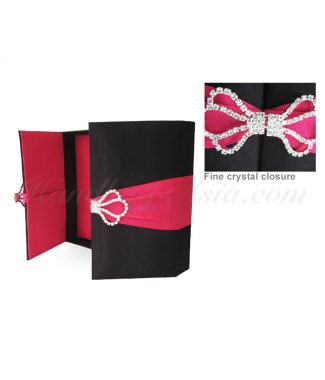 black & pink wedding box with lock