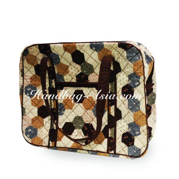 Large quilted shoulder travel bag