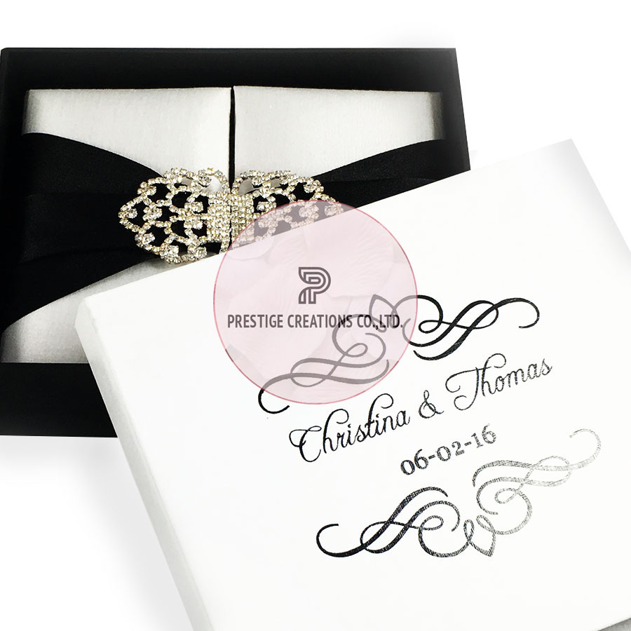 White Mailing Box For Invitation Boxes Printed With Black Pattern ...