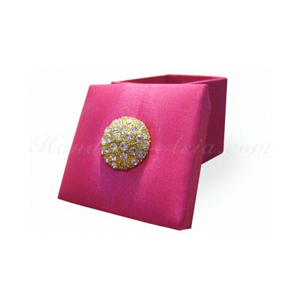 fuchsia pink handmade wedding favor box