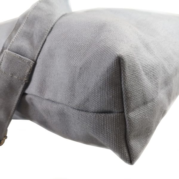 side-view-canvas-bag