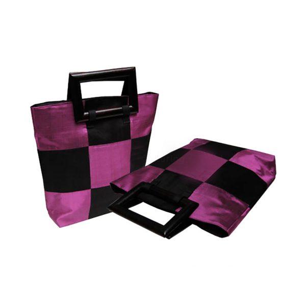 Check handbag with silk and wooden handle