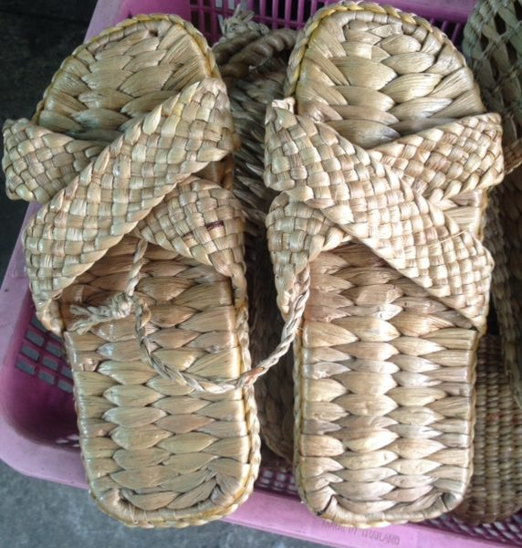 WATER HYACINTH SANDALS For Hotel