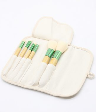 cotton brushes pouch