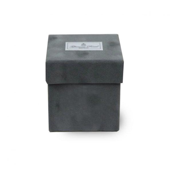 Luxury velvet flower gift box