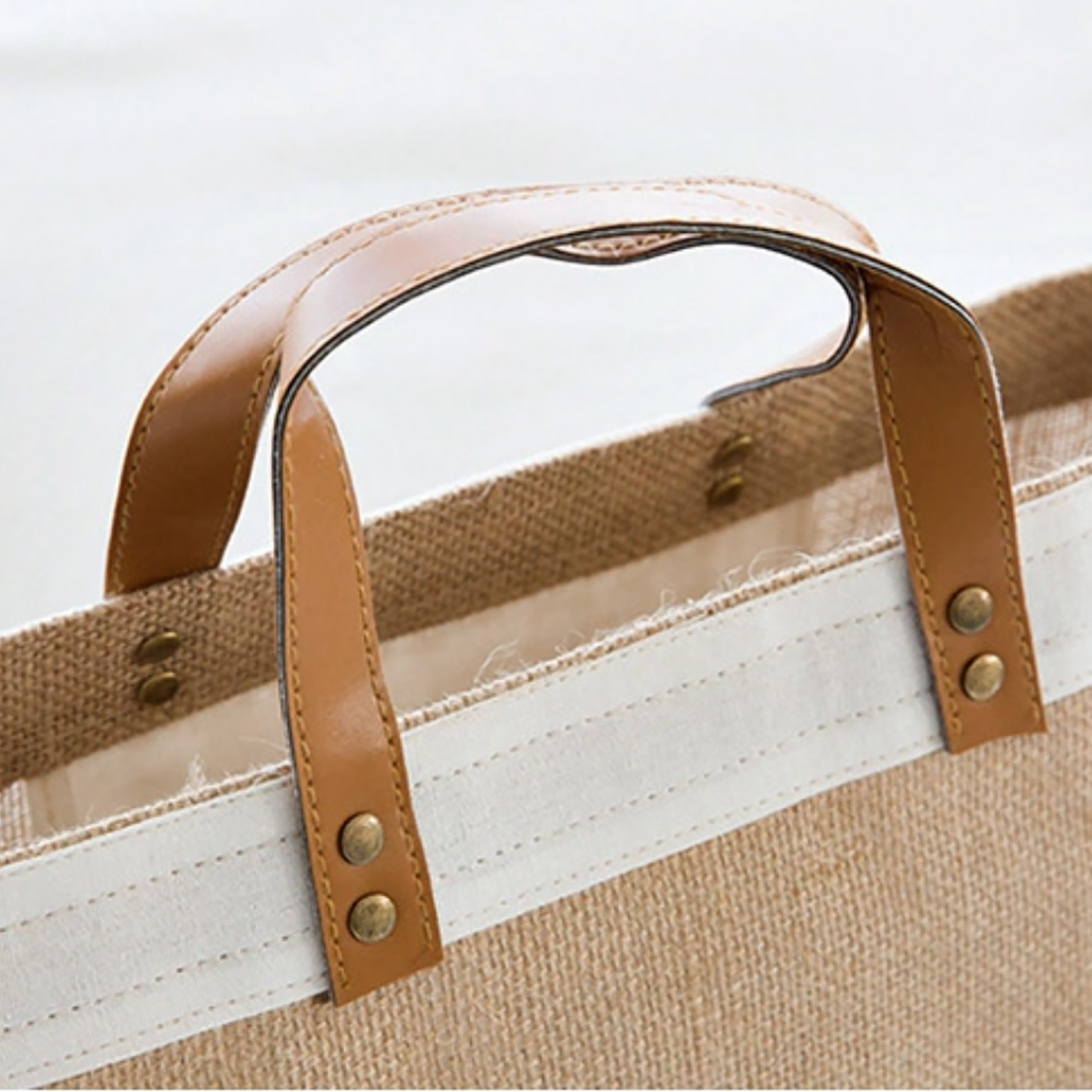 Leather handle of jute bag