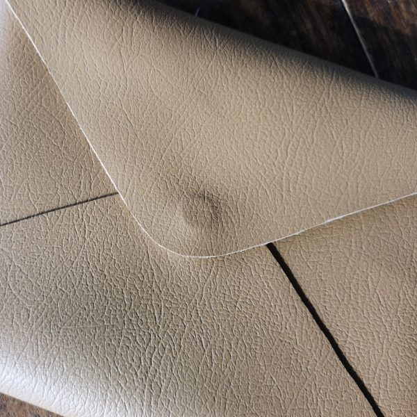 leather envelope with magnet